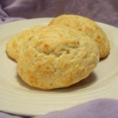 Easy Drop Biscuits No Baking Powder