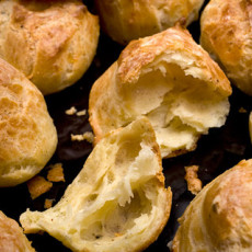 Black Pepper–Manchego Cheese Puffs Recipe