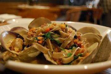 Hunan Hot-and-Spicy Shrimp Recipe | Leite's Culinaria
